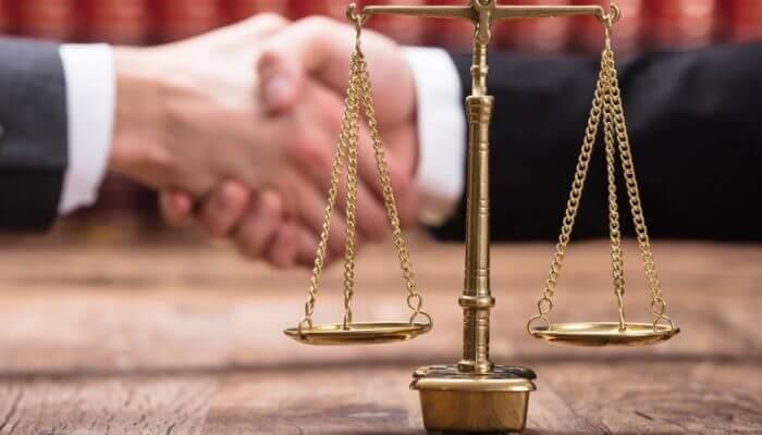 avukat tutmak için gerekli nedenler